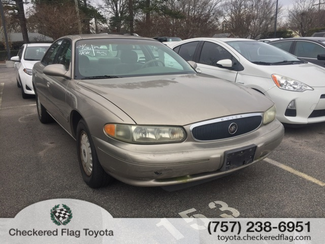 Pre-Owned 2000 Buick Century Custom