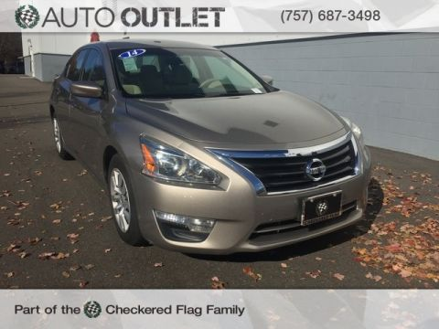 Pre-Owned 2014 Nissan Altima 2.5