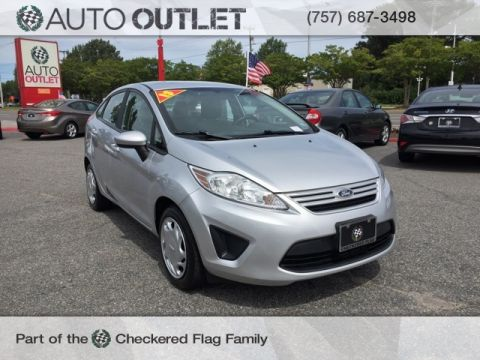 Pre-Owned 2013 Ford Fiesta S